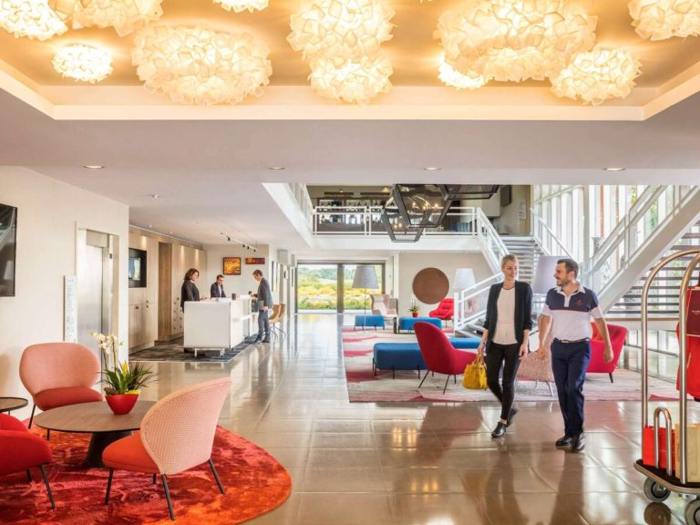 Golf du Médoc Resort Bordeaux – MGallery Hall accueil