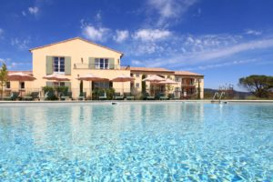 Les Domaines de Saint Endreol Golf & Spa Resort Hotel Piscine