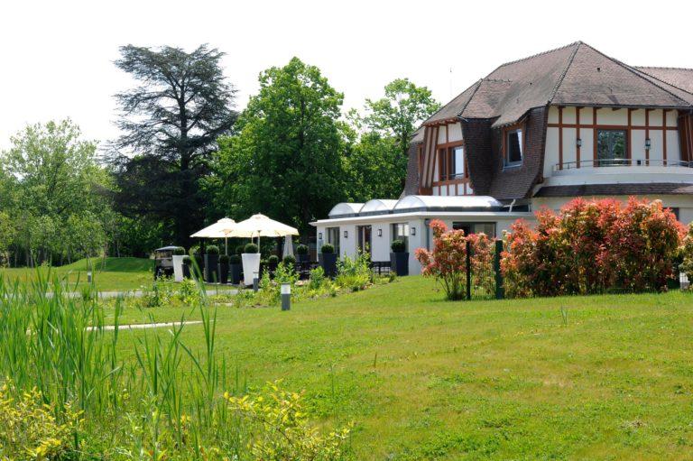 Relais De La Malmaison Paris Rueil Hôtel-Spa Facade hotel jardin terrasse sejour golf