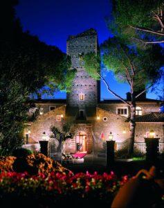 Castello Della Castelluccia Vue de l'hotel la nuit