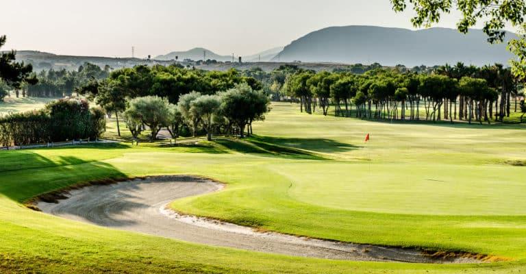 Club De Golf El Plantío Espagne Alicante Vue montagne et parcours de golf 18 trous