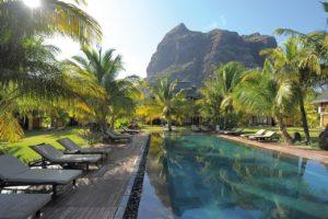 Dinarobin Beachcomber Golf Resort & Spa holidays golf mauritius palm tree swimming pool