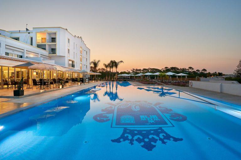 Dona Filipa Hotel Piscine