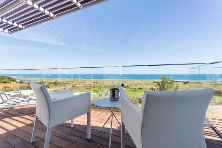 Palmares Beach House Hotel Balcon vue aprcours de golf