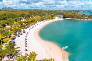 Shangri-La's Le Touessrok Resort & Spa palm beach trurquoise sea white sand Mauritius