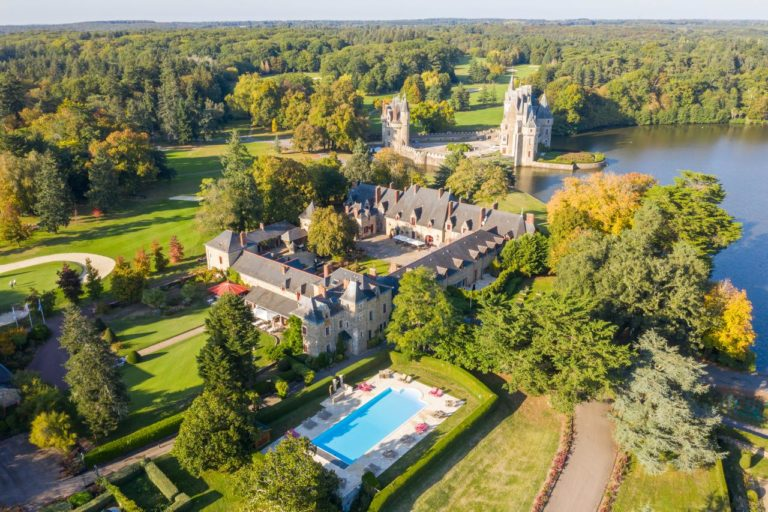 Golf Trip Golf Break in France Pays de la loire hotel gof course