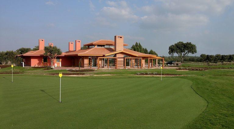 Santo Estevao Golf Course Clubhouse Putting Green